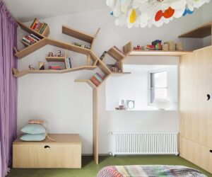 Children's book and collectables shelving unit - Steffen Welsch Architects